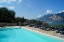 Gardasee-Ferienwohnung Pool Seeblick