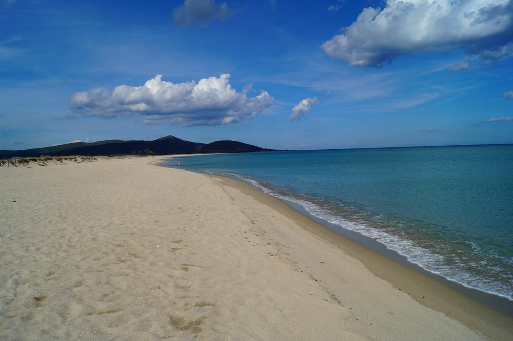 Su Tiriarzu, feiner Sandstrand auf Sardinien